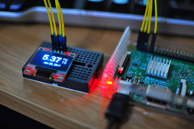 How to make an clock for a raspberry pi with an OLED display | Blog